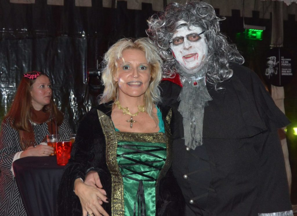 tourism-transylvania-halloween-party-at-bran